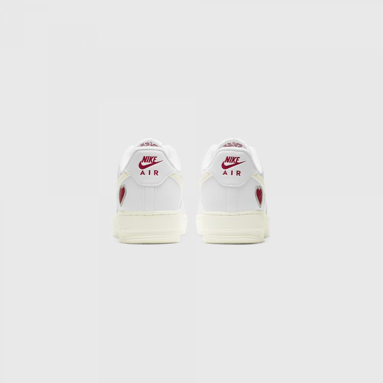 Nike Air Force 1 Low Valentine's Day